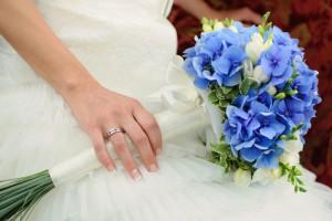 blue_bridal_bouquet_2