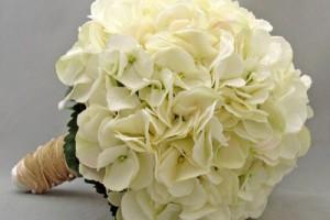 white_silk_hydrangea_bridal_bridesmaid_bouquet_groom_s_best_man_bouts_d9c8465c